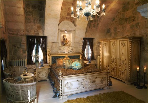 sacred house   harem room