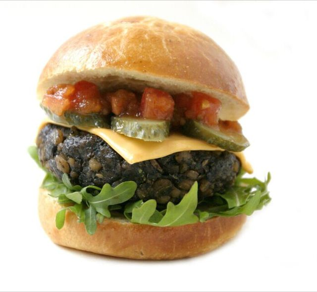London vegetarian burger stand turning vegan! | Fat Gay Vegan