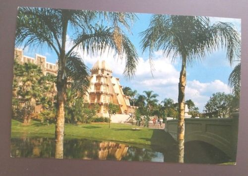 Walt-Disney-World-Epcot-Center-Postcard-Mexico-World-Showcase-Vintage-1982