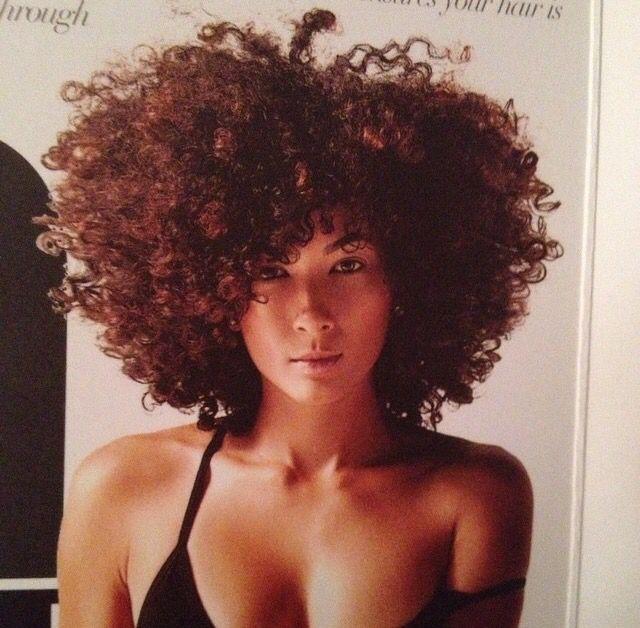 Aaaahhhh! The curls...