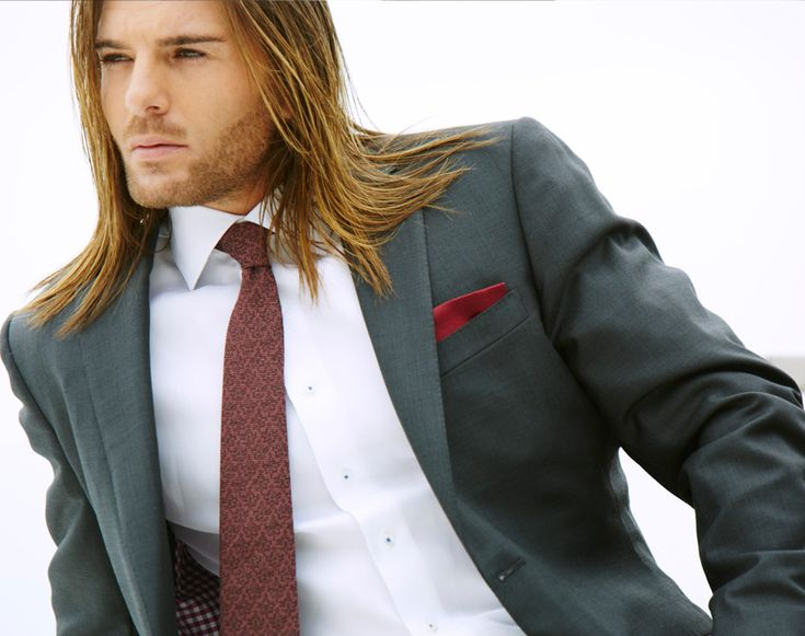Simple business casual outfits suit you for almost every business meet. Check out men's business casual lookbook for spring-summer 2016 at byDCLA.com.