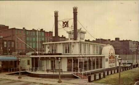 6748 best old photos of louisville ky images on pinterest for Fish restaurants louisville ky