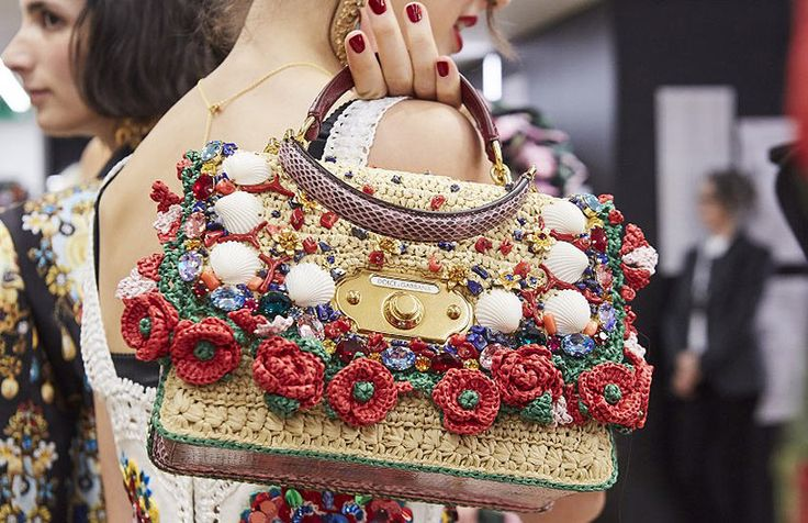 Trending Handbags for Spring 2019 You Need in Your Closet – shilpa ahuja