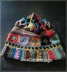 happy hat ..child.. working on a pattern