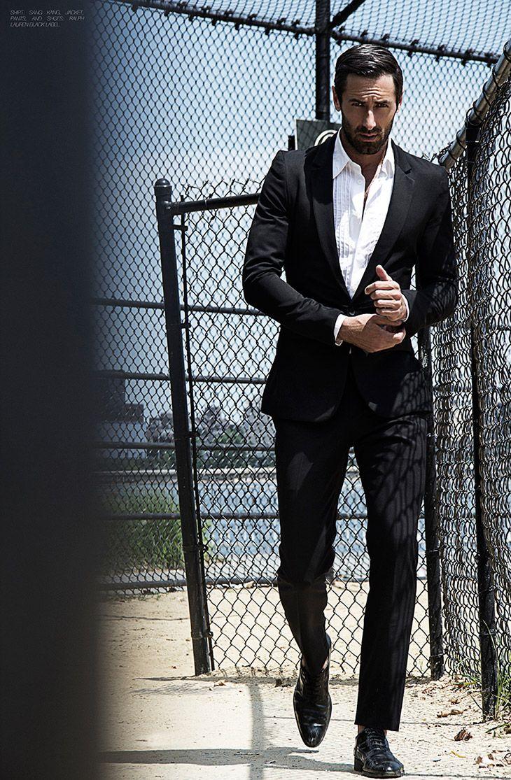 Short jacket, low stance, accentuated waistline, shorter pant.