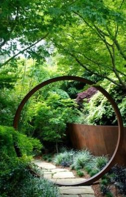 contemporary take on circle feature