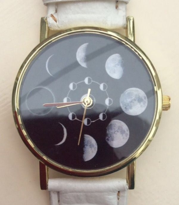 Cream Faux Leather Strap - Moon Phases Wristwatch #present #xmas #christmas #cream #leather #fauxleather #moon #stars #sky #moonphases #watches #watch #wrist #wristwatch http://m.ebay.co.uk/itm/Cream-Faux-Leather-Strap-Quirky-Women-Wrist-Watch-Moon-Phases-Ladies-Xmas-/282164320148?nav=SELLING_ACTIVE