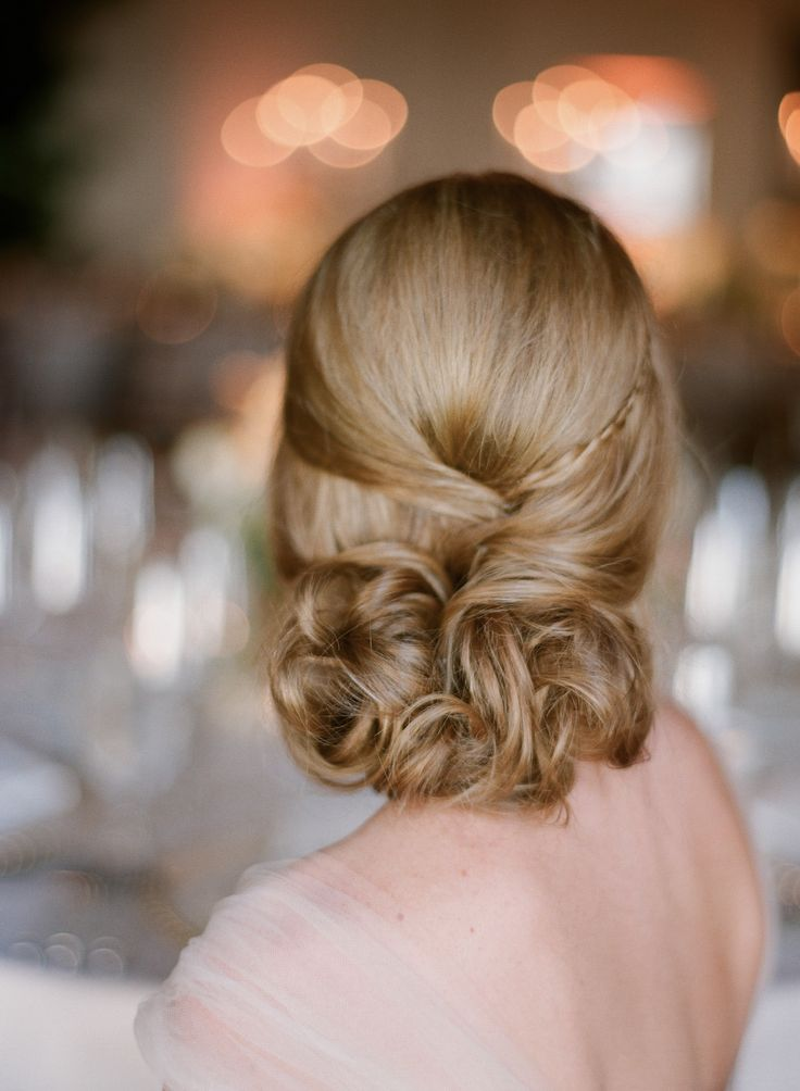 Hairstyle - Love it!  See the bride here:  http://www.StyleMePretty.com/2014/04/01/blushing-black-tie-affair-at-the-four-seasons/  #smp -- Photography: Elizabeth Messina - kissthegroom.com