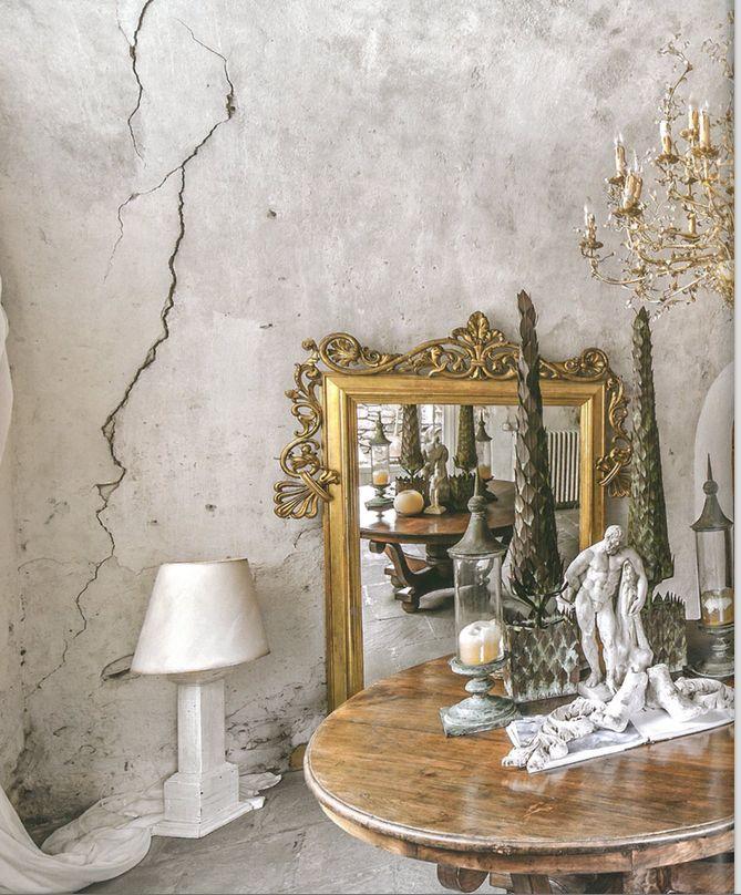 #monicadamonteinteriordesigner pubblicato quin magazine french style livinroom grey