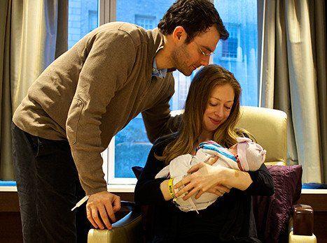 Hollywood Gossip: Chelsea Clinton Baby Photos: First Adorable Look!