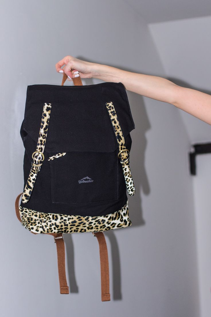 best baggage images on pinterest handbags backpacks and baggage