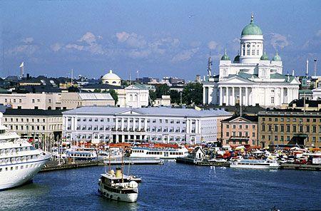 Finland. Vanaf de Noordkaap door Finland terug. Slecht weer, dus meeste tijd doorgebracht in Helsinki.Met camper op de stadscamping.
