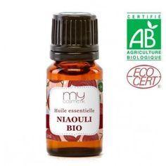 Rhume des foins, rhumes allergiques, rhinites, sinusites, nez bouché, nez qui coule: Préparez dans un flacon de 10 ml: 4 ml de niaouli + 2 ml d'huile essentielle d'eucalyptus radié + 2 ml d'he de ravintsara + 1 ml d'huile essentielle de lavande + 1 ml d'huile essentielle de menthe poivrée. Déposez 2 gouttes de ce mélange sur un mouchoir en papier et respirez-le profondément. Répétez l'opération toutes les 2 à 3 heures. www.mycosmetik.fr