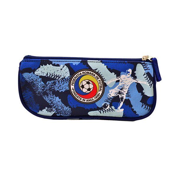 Penar borsetă Sport FRF triunghiular albastru, 1 fermoar, deschidere pe orizontală, imprimeuFederația Română de Fotbal, asortat cu rucsacul Sport FRF