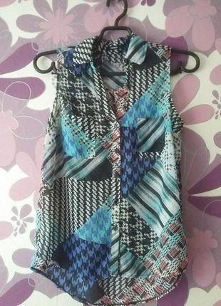 Kup mój przedmiot na #vintedpl http://www.vinted.pl/damska-odziez/koszulki-na-ramiaczkach-koszulki-bez-rekawow/18754160-koszulka-bez-rekawow