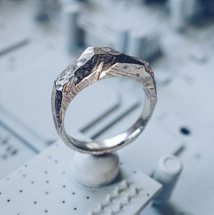 Callisto ring by Andronyk Jewelry