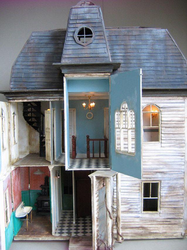 """""""Wipstaff"""". Maison miniature au 1/12°, entièrement réalisée par Julien Martinez."""