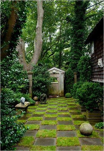 lovely, very secret garden | Providence Ltd Design - ProvidenceLtdDesign - It's All In the Details...