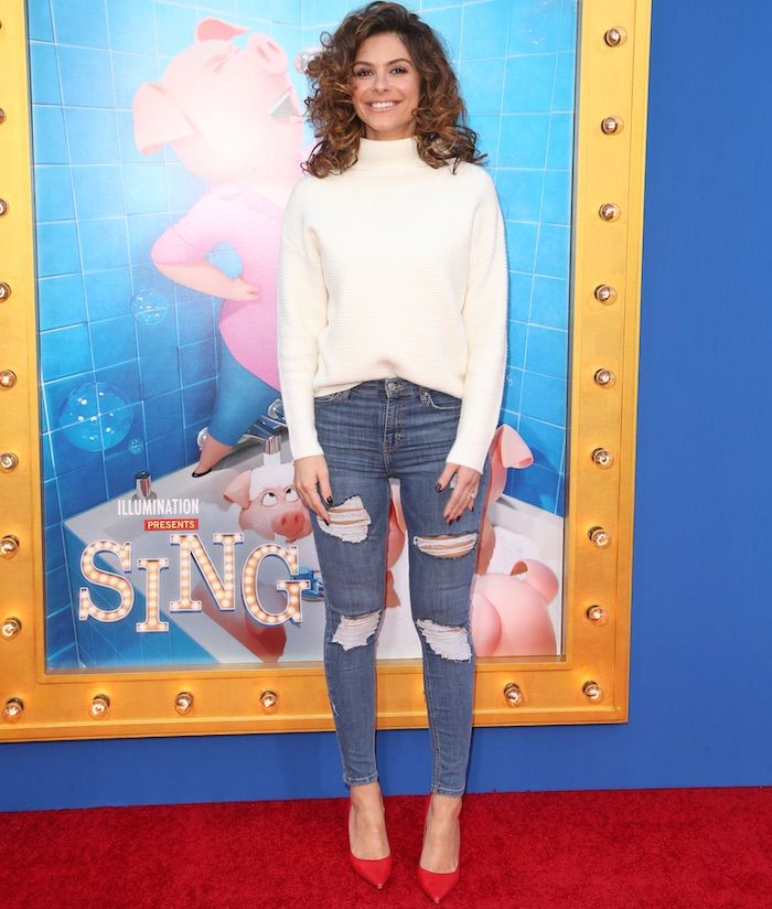 "Maria Menounos at the ""Sing"" premiere on December 3, 2016 at the Microsoft Theatre in Los Angeles"