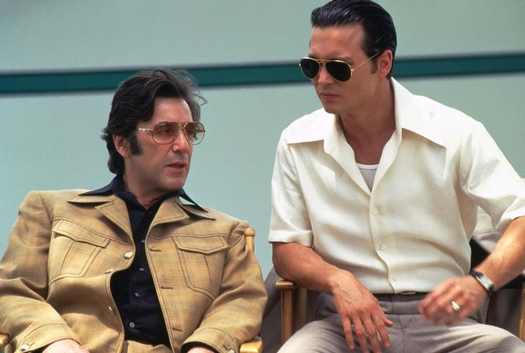 DONNIE BRASCO, from left: Al Pacino, Johnny Depp, 1997, (c) TriStar