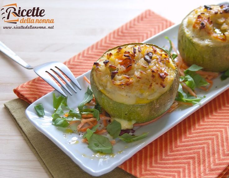 Zucchine ripiene con riso e carote  http://ift.tt/1UxD1I6 #zucchine #carote #riso #foodporn #foodpornshare #vsco #foodstyle #food #cooking #foodstagram #follow #followme #instagood #instalike #instadaily #recipe #italianrecipe #italianfood #ricettedellanonna #good #love #happy #italy #passione #fotooftheday #foodblogger #chef #beautiful #r #vscofood