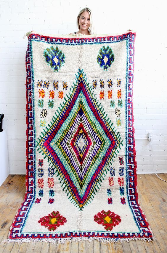 Stunning bohemian rug! Azilal Moroccan Rug from Baba Souk