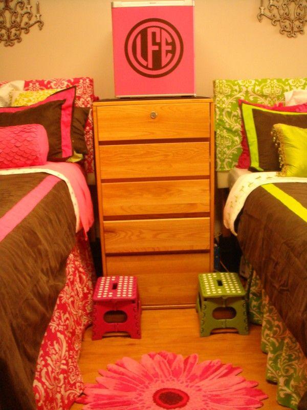 Best Dorm Room Ideas Images On Pinterest College Dorms - Decoration dorm door decorating ideas with pink walls dorms dorm door