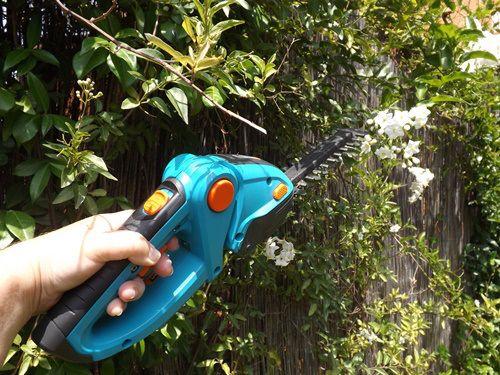 de jardinera para podar fcilmente setos y trepadoras