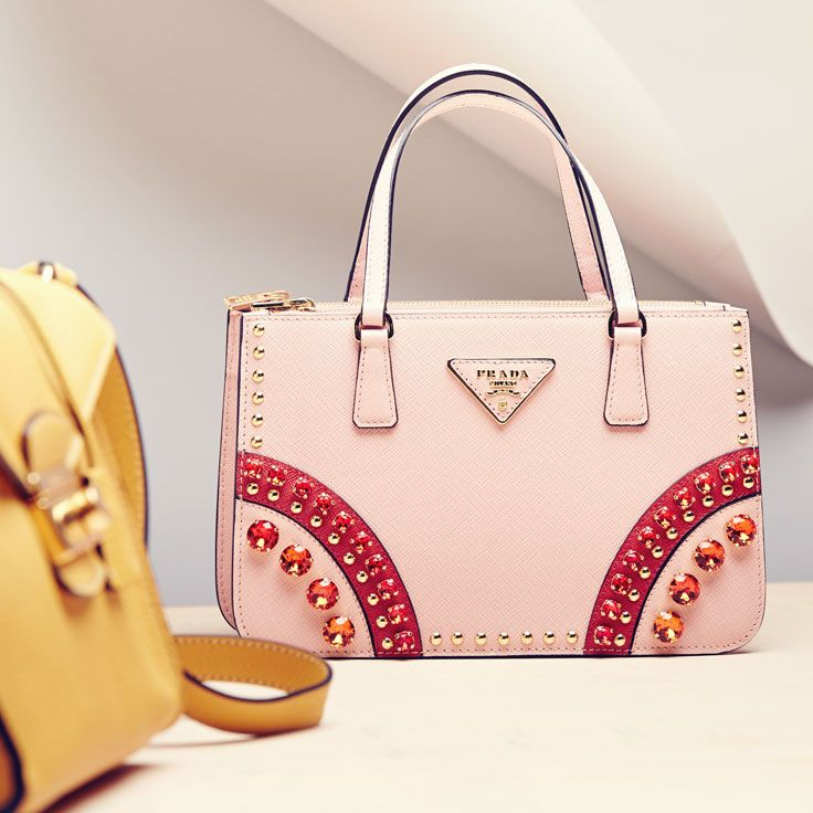 Pretty in #Prada.: Bags Obsession, Bags Addiction, Dreams Handbags, Shoes Handbags, Handbags Clutches, Bags Lady, Bags Bags, Designer Bags, Purses Handbags