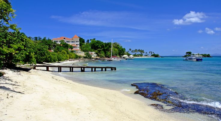 One of the world's most beautiful, the resort's beach, with white sand, and crystal clear turquoise water.  #CayoLevantado #Samana #DominicanRepublic  More info: http://www.bahia-principe.com/en/hotels/samana/resort-cayo-levantado