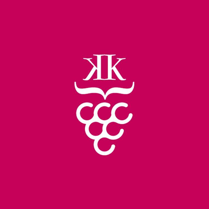 "Fox Creative. Σχεδιασμός λογοτύπου και ετικέτα για το κρασί ""Κατερίνα"". / Logo Design and wine bottle label for ""Katerina"" wines."