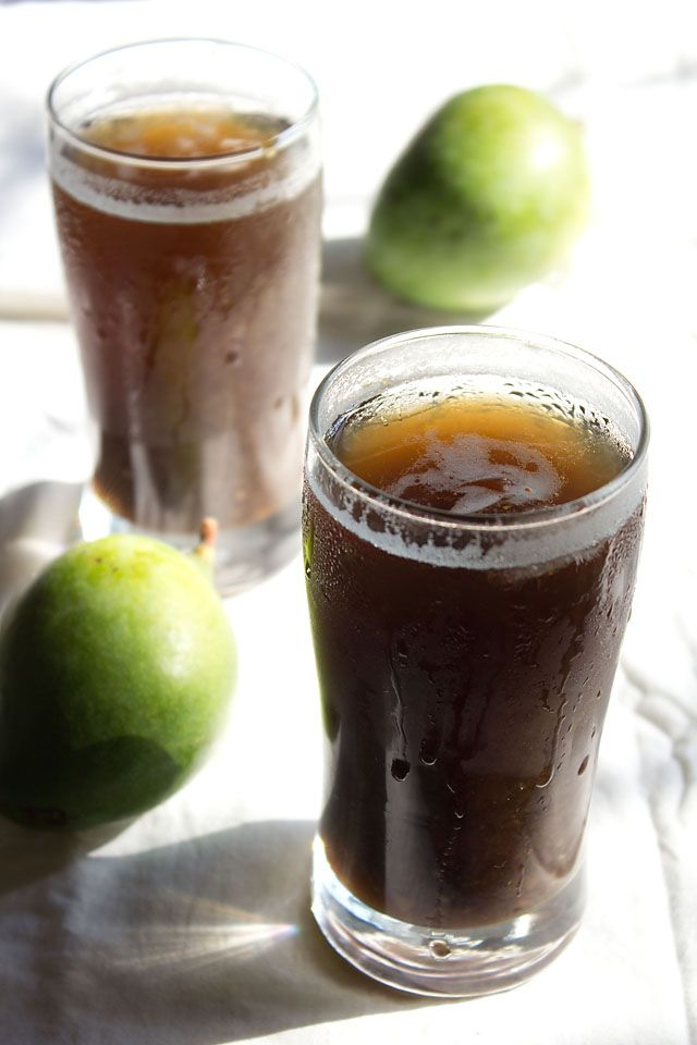 aam ka panna recipe – cooling mango drink slightly sour and sweet to taste with a hint of cardamom & black salt. step by step recipe.