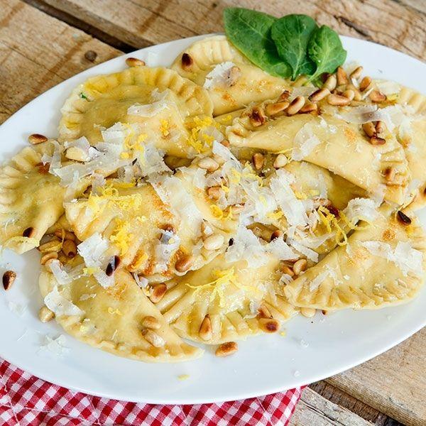 Ravioli mit Ricotta-Lachs-Füllung