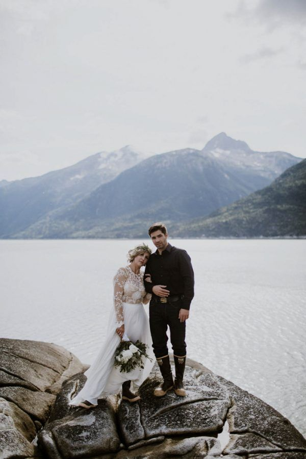 Cozy Alaska Wedding At The Historic Skagway Inn