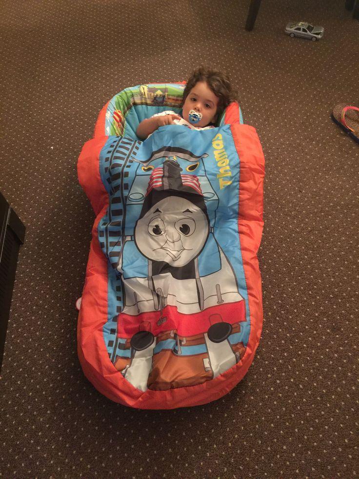 Dica de colchão inflável, caminha portátil para crianças levarem em viagens ou dormirem na casa dos avós.