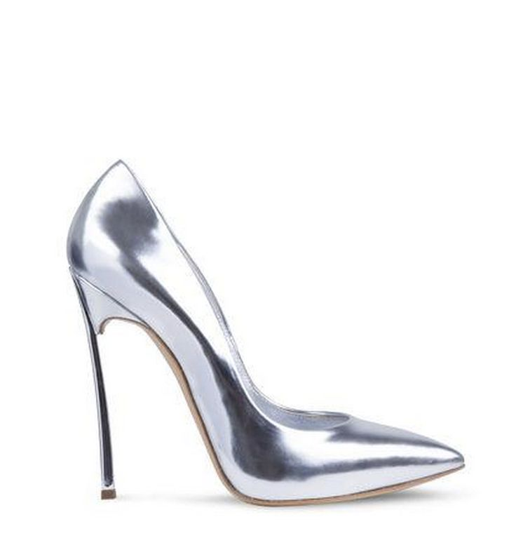 Dreaming of metallics with these gorgeous Casadei pumps.