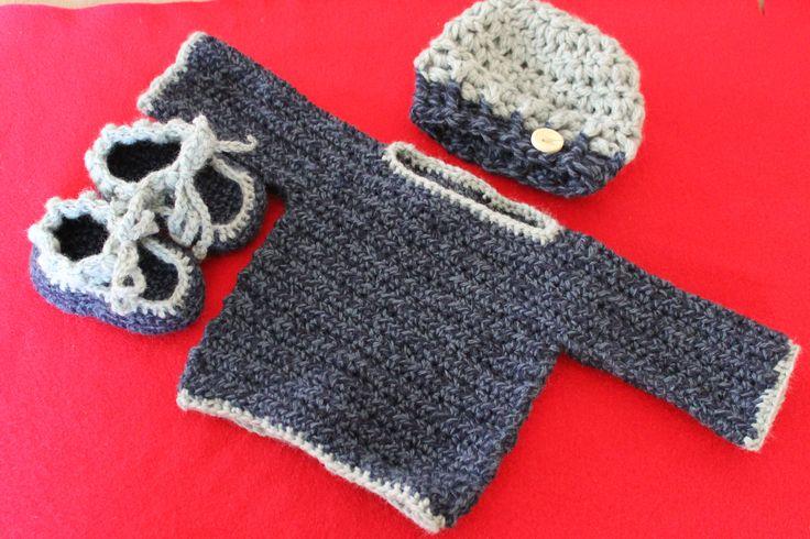 Newborn boy crochet layette set http://www.ravelry.com/projects/FiddleDeeGreen/simple-baby-sweater