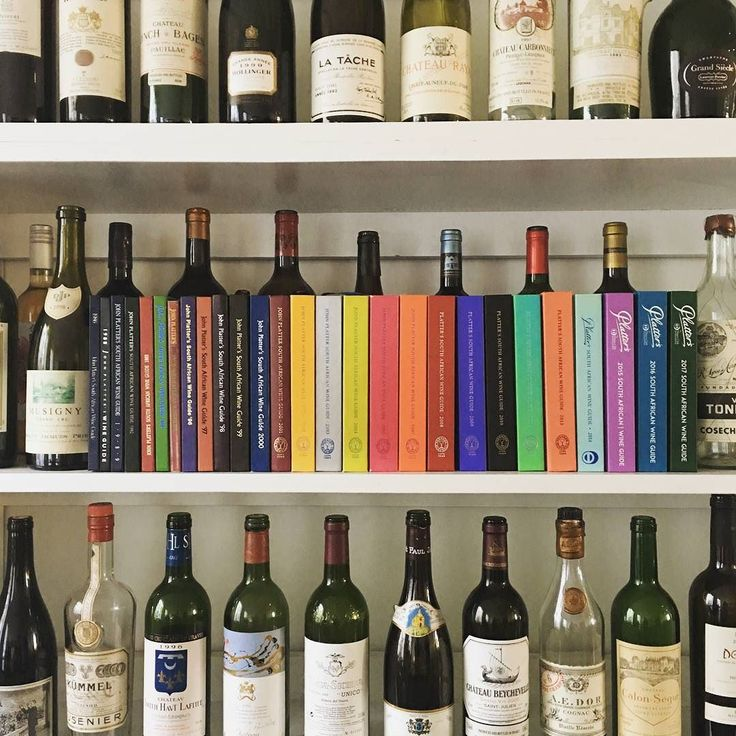 Our reference shelf is showing how many years Haumann Smal has been around! @wineonaplatter  #haumannsmal #plattersguide #wineguide #design #founded1998 #stellenbosch #inspiration #reference #vintage #wine