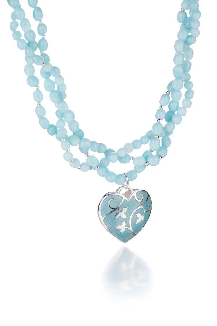 Carina Blomqvist, Queen necklace, http://www.carinablomqvist.fi/