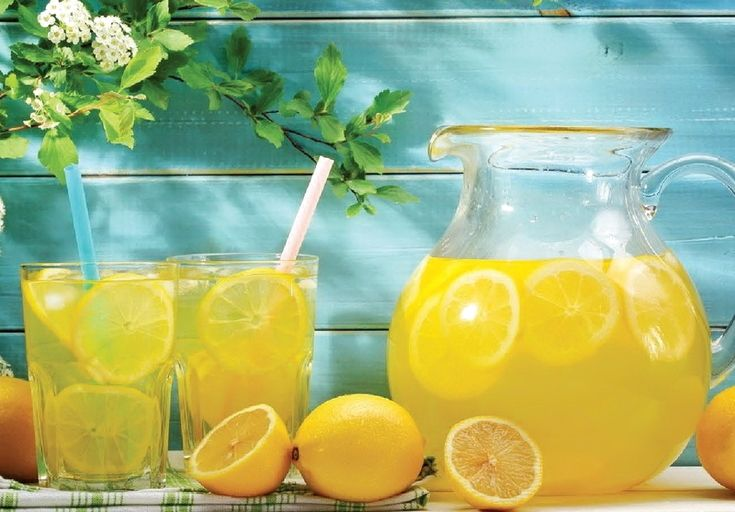 Із кількох фруктів - кілька літрів домашнього лимонаду!. Замість купувати усілякі хоч і смачні, але не дуже корисні солодкі шипучі напої, спробуйте приготувати домашній лимонад! #WZ #Львів #Lviv #Новини #Добрі_напої