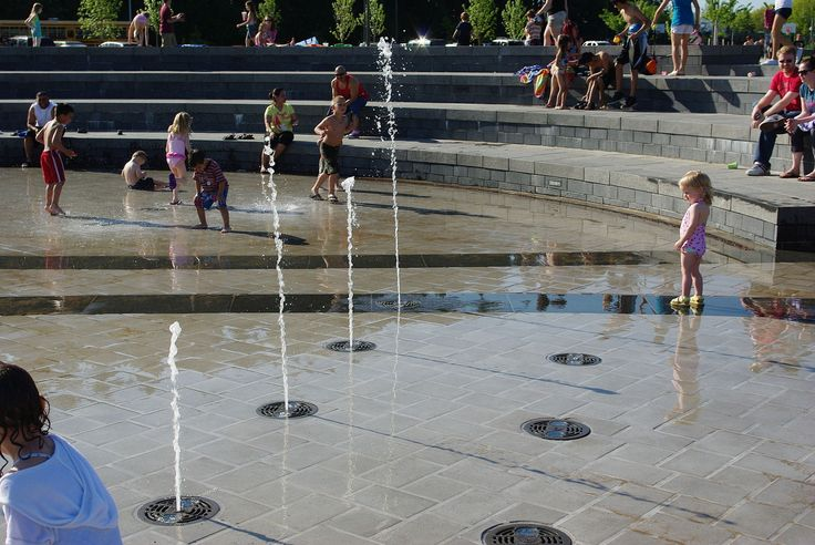 File:53rd Avenue Park water fountain play 5 - Hillsboro, Oregon.JPG - Wikimedia Commons