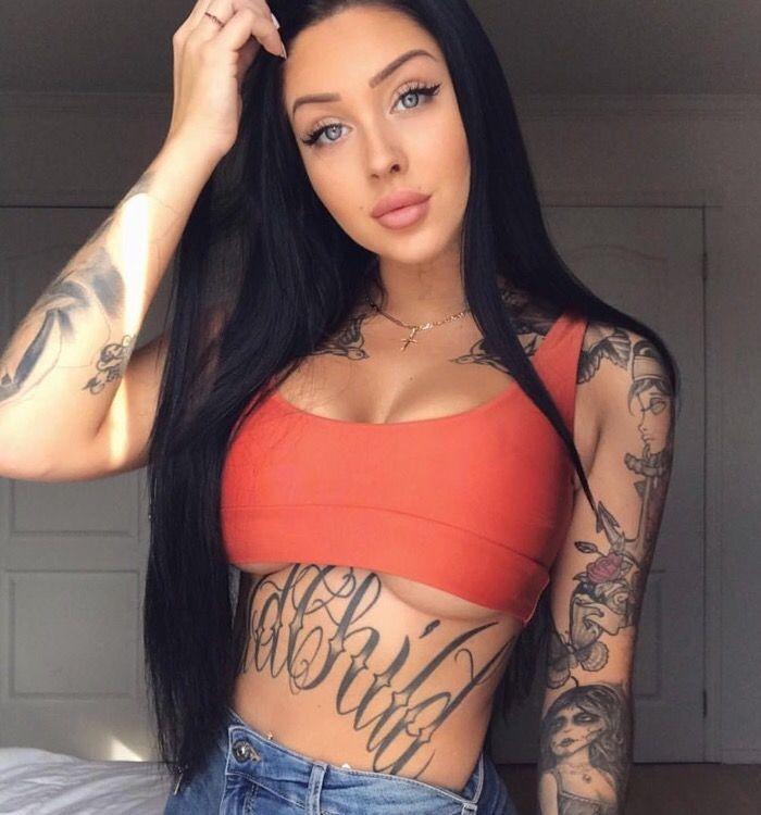 Hot girl tattoo