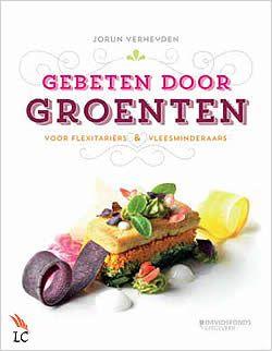 Boek Gebeten door groenten van Jorun Verheyden | ISBN: 9789058269614, verschenen: 2013, aantal paginas: 160 #jorunverheyden #groeten #kookboek #kookboeken #culinair #vegetarisch - Gebeten door groenten is het perfecte kookboek voor iedereen met interesse in een gezondere en bewustere levensstijl. Van de beginnende vleesminderaar tot de doorgewinterde veganist...