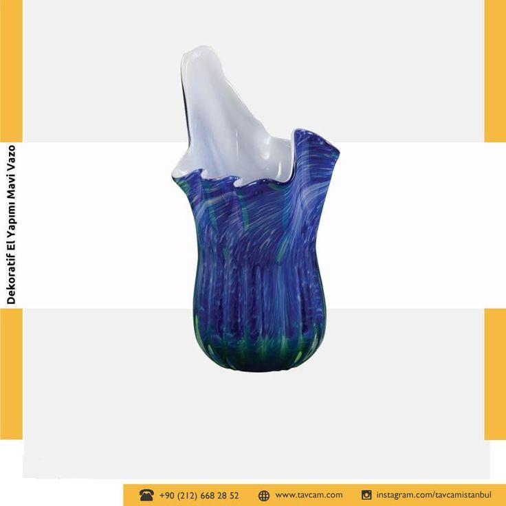 Farklı görünümüyle, bütün dikkatleri üzerine çekecek el yapımı dekoratif mavi vazoyla mekanınıza canlılık katacaksınız. Özgün bir tasarıma sahip olan ürünümüz solmalara ya da soyulmalara karşı dayanıklıdır. Detaylı bilgi için tıklayınız → https://goo.gl/aj9le5  #tavcam #tavcamaksesuar #aksesuar #vazo #elyapımı #elyapımıvazo #mavivazo #mavi #blue #handmade #vase