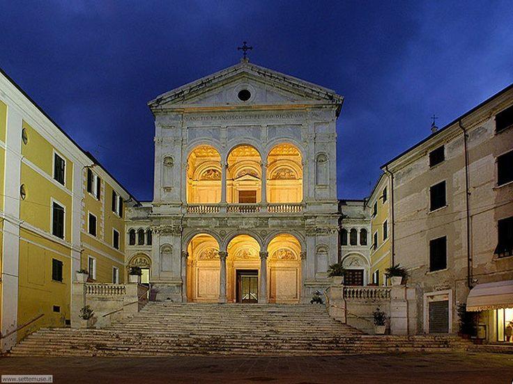 Duomo di Massa nel Massa, Toscana