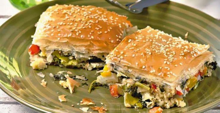 Η νηστεία... φέρνει εμπνευση!!! Πανεύκολη και πάντα πετυχημένη πίτα λαχανικών..  1 συσκευασία φύλλο κρούστας για πίτες ΧΡΥΣΗ ΖΥΜΗ 1½ φλιτζάνι ελαιόλαδο (περίπου) 1 κρεµµύδι µεγάλο, σε φέτες 5-6 κρεµµυδάκια φρέσκα, µαζί µε λίγο από το πράσινο µέρος τους, ψιλοκομμένα 1 …