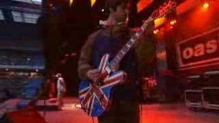 Oasis-Acquiesce-live maine road 96 - YouTube