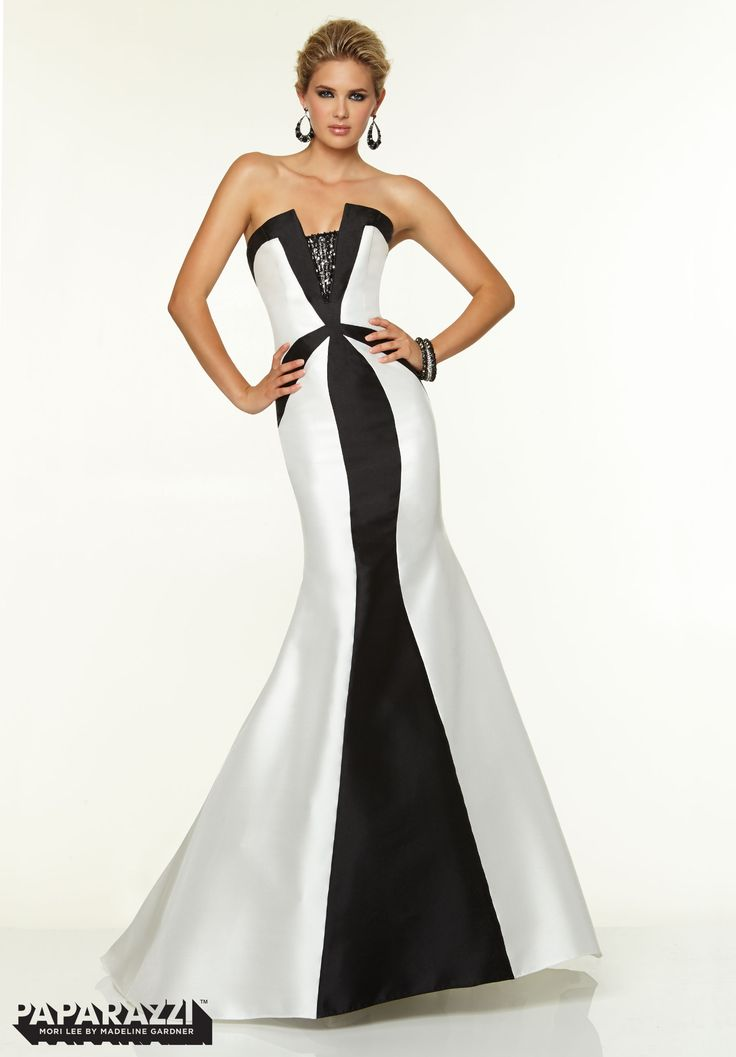 Black and white wedding dresses uk only sat