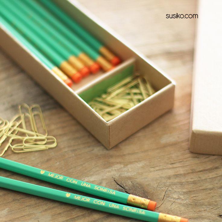 Caja de lápices personalizados con nombre o frase, son un regalo precioso
