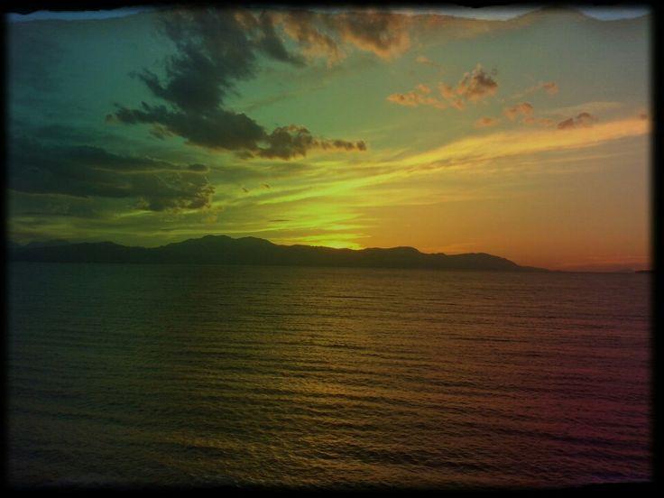 Ηλιοβασιλέματα.....